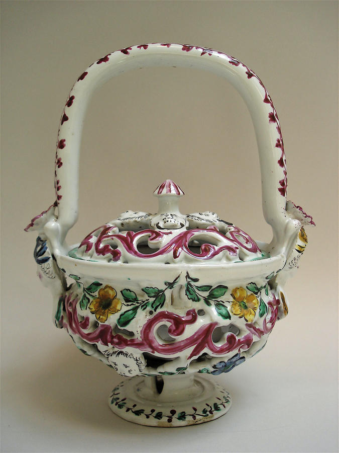 Italian faience basket