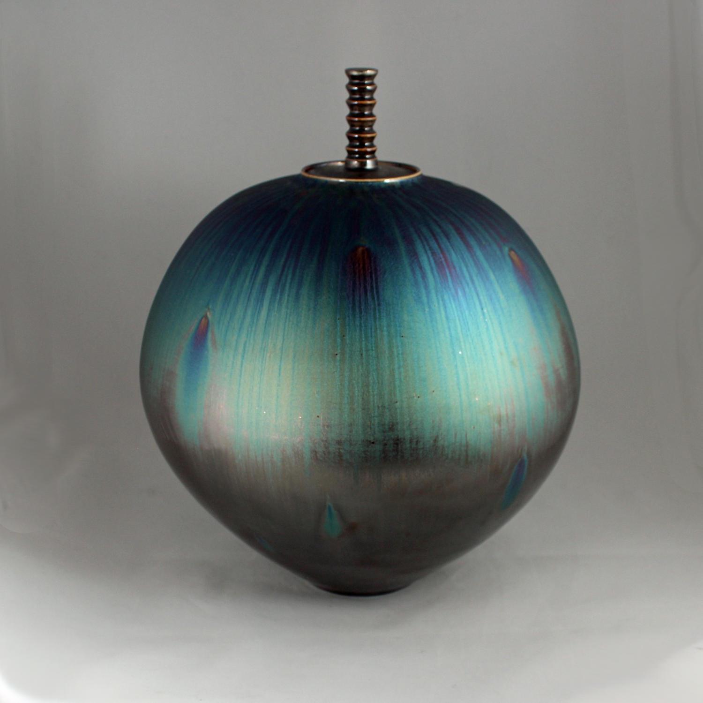 Hideaki Miyamura, Jar with Peacock Glaze