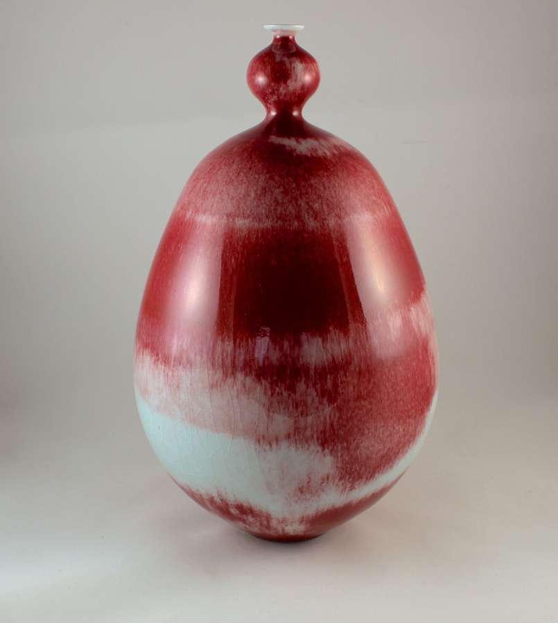 Hideaki Miyamura, Red Vase